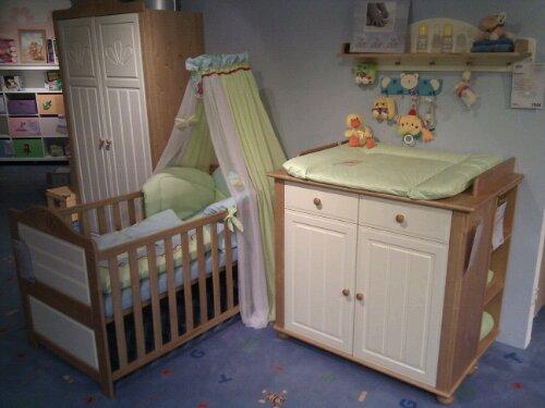 netzwergblog dennis k rner blog archiv wir haben kinderzimmerm bel gefunden. Black Bedroom Furniture Sets. Home Design Ideas